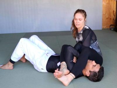 Ronda Rousey armbar